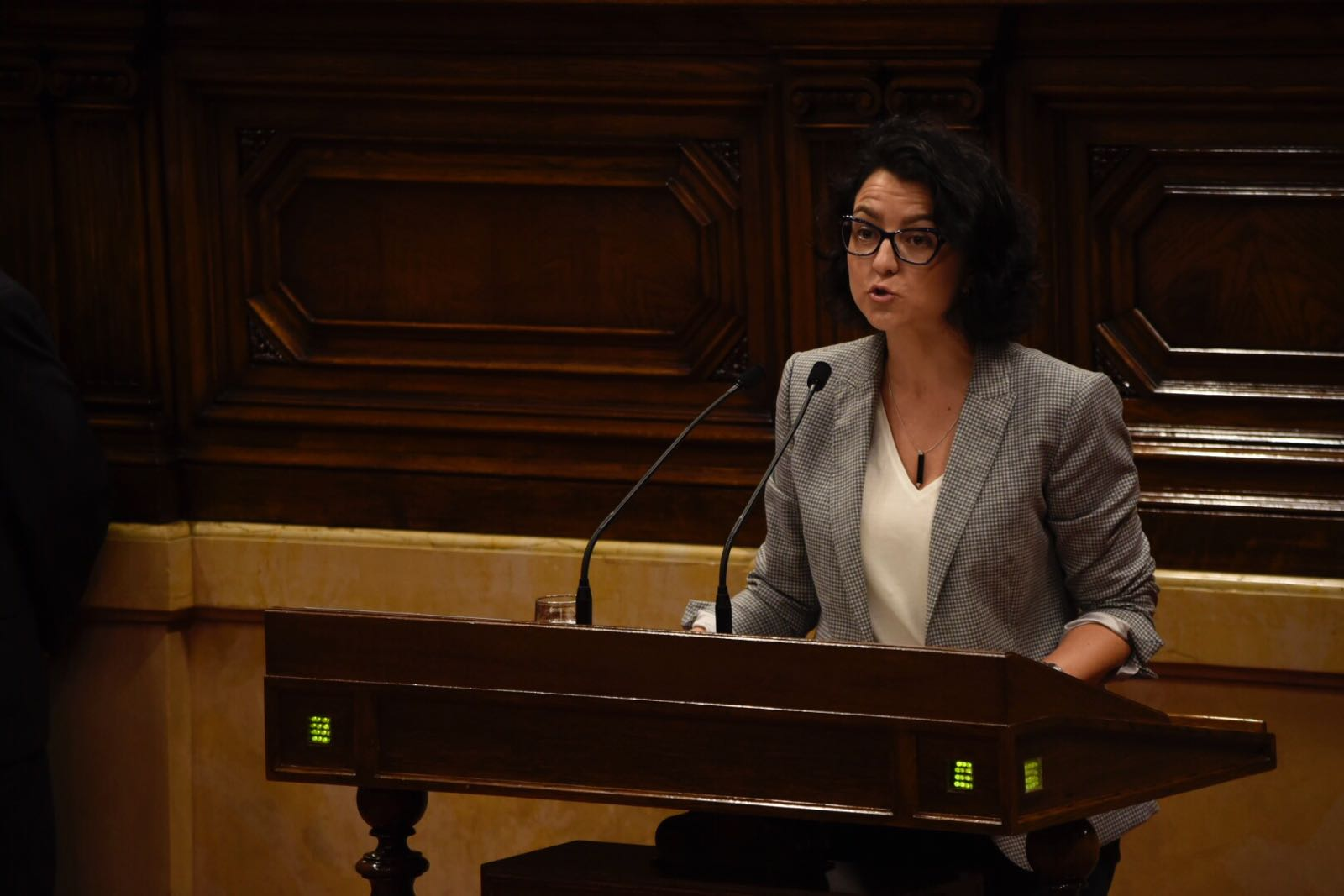 [GPC's] Proposició no de llei sobre la reprovació del conseller de Territori i Sostenibilitat, Adrià Belloch Whatsapp-image-2017-10-27-at-13.51.01